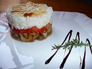Risotto au chèvre, aubergine, tomate et amandes grillées dans 3.Plats p1000798-300x225