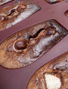 Madeleines (indémoulables) au coeur coulant Nutella dans 5.Gourmandises sucrées p1010099-227x300