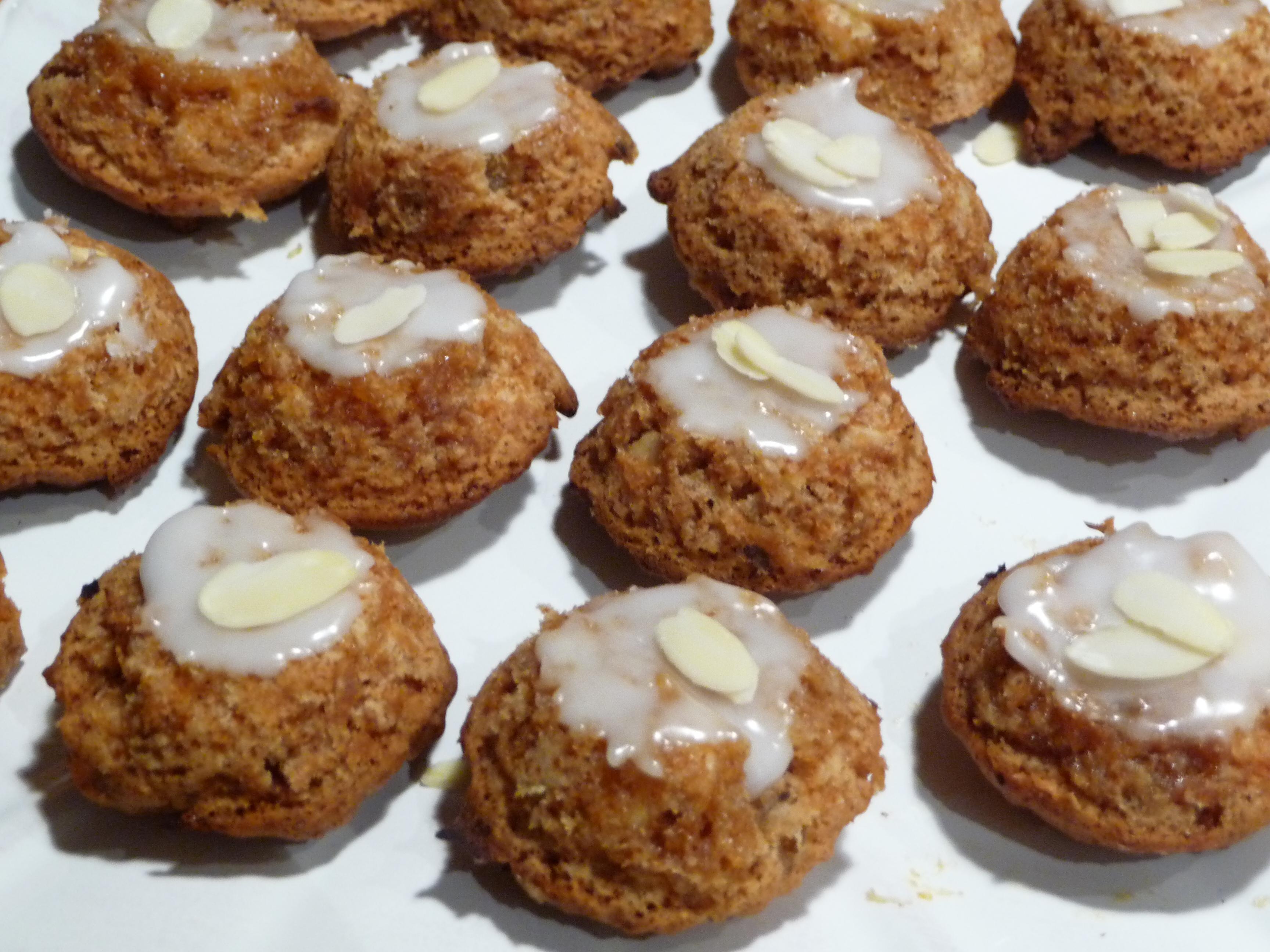 Encore un avant gout de Noël : leckerli, gâteau suisse aux épices, miel et amandes dans 5.Gourmandises sucrées p1010247