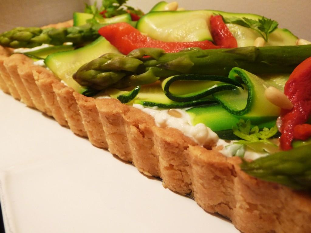 Côté salé : tarte ricotta, asperges, courgettes, poivrons dans 2.Entrées p1070972